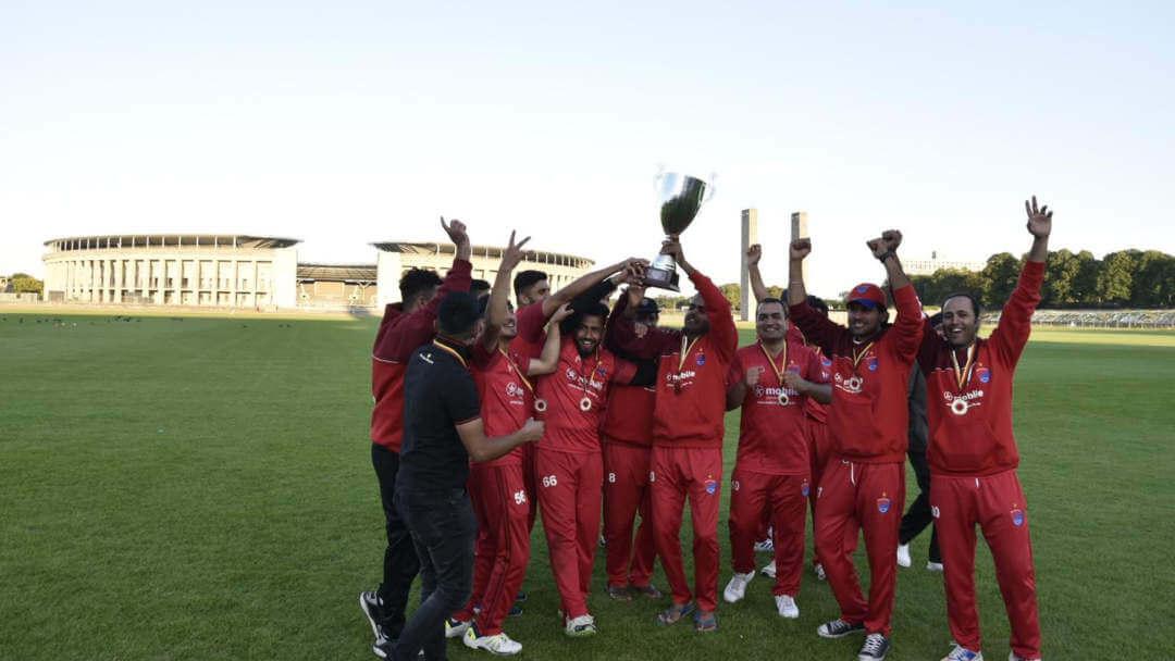 Die Cricket Mannschaft des KSV beim Finale in Berlin